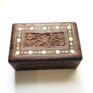 Vintage Carved Floral Inlay Wooden Box Decor